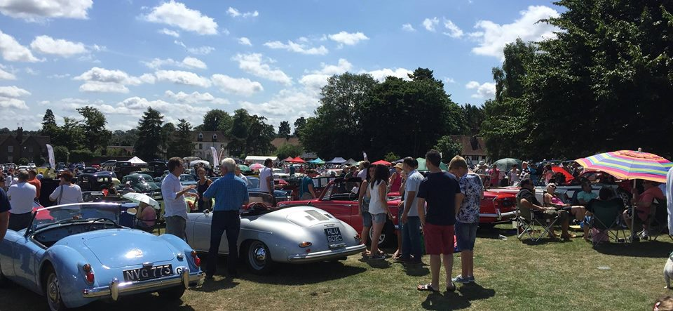 Classic Cars & Retro Vintage on the Green 2021